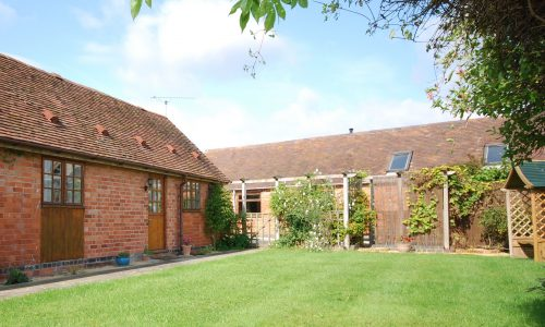 The Stables, sleeps 3, Broadway Manor Cottages