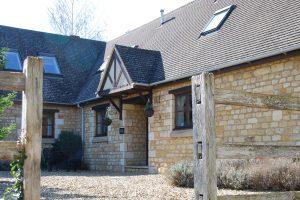 Corner Cottage Cotswolds Cottage