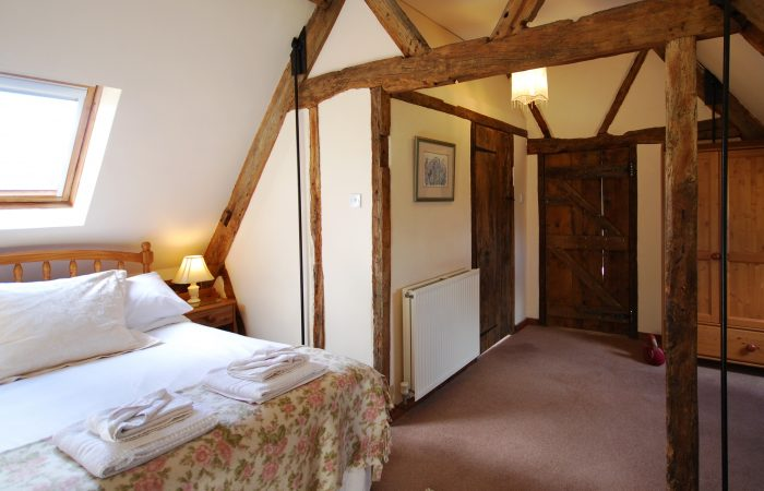 Rafters Vaulted Double Bedroom Cotswold holiday apartment