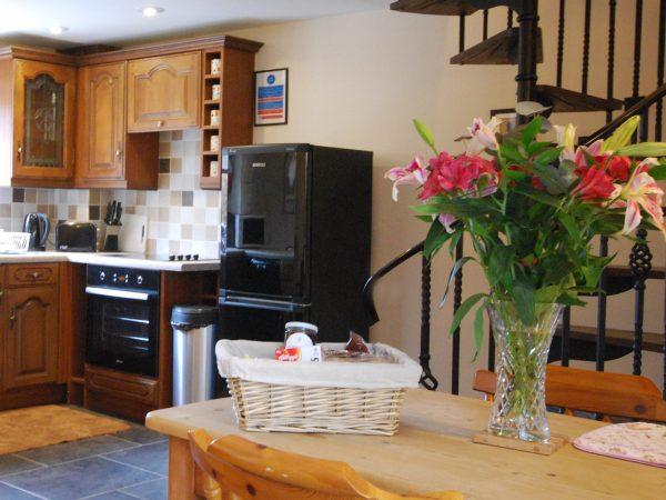 Sheldon Cottage, Cotswold holiday cottage, kitchen