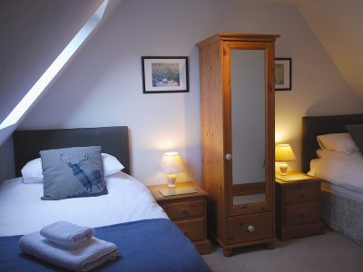 Twin Bedroom, Corner Cottage, Broadway Manor Cottages, Cotswold holiday cottages in Broadway