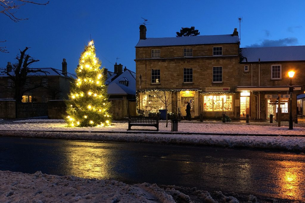 Snow in Broadway the Cotswolds