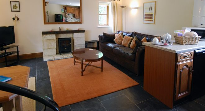 Sheldon Cottage, Cotswold holiday cottage, living room