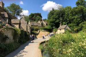Arlington Row leading to Awkward Hill, Bibury